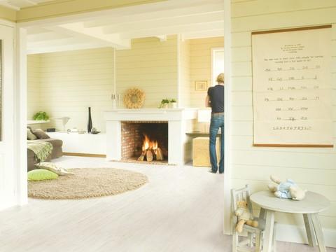 White brushed Pine planks | Ламинат QUICK-STEP UF1235