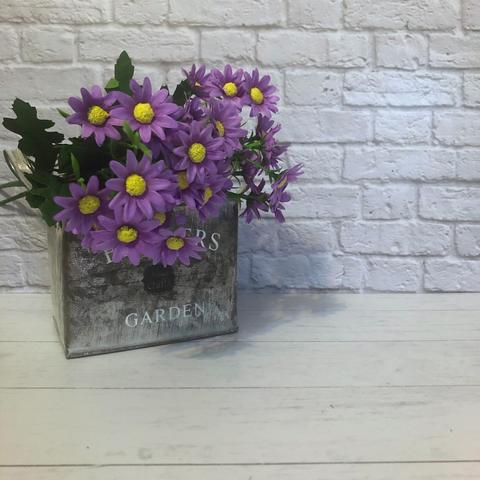 Искусственный букет хризантем мелких, цвет сиреневый.