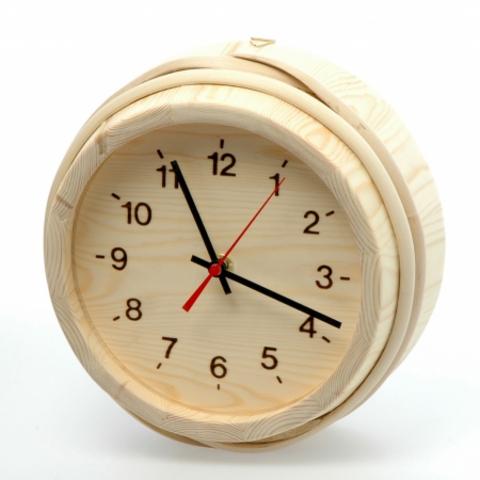 Часы деревянные для бани и сауны