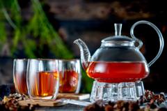 Заварочный чайник с подогревом от свечи в наборе с чашками, ложками и подставками из бамбука