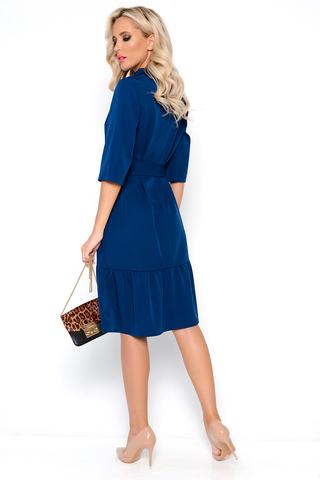 <p>Модное платье свободного кроя для идеального базового гардероба. По низу изделия волан на сборке. Ворот отложной с планкой на пуговицах. Рукав ниже локтя.Длины: ( 44-46р-101см,48-50р-102см,52-54р-103см).</p>