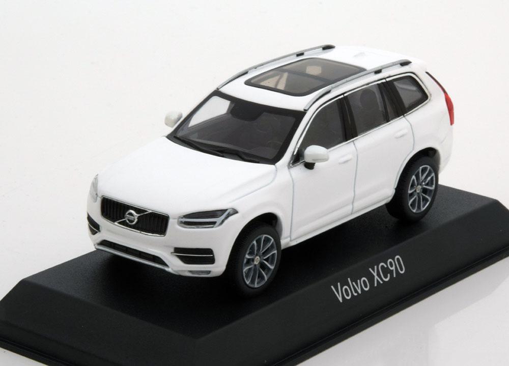 Коллекционная модель Volvo XC90 2015