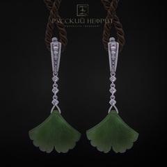 Серьги из зеленого нефрита Гингко
