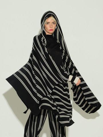Женский шарф из шерсти в полоску - фото 6