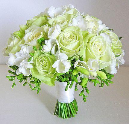 букет невесты на стеблях + фрезия (заказ за 2 недели до мероприятия) 24 тыс тг