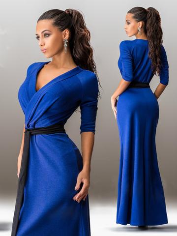 Длинное трикотажное платье с поясом, синее