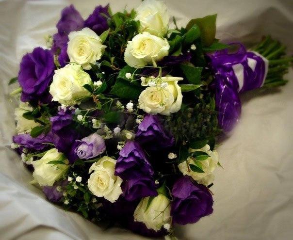 букет невесты Алматы. роза + лизиантус фиолетовый 7500 тг