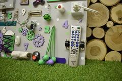 Бизиборд стандарт 50х65 см с ТВ-пультом Мятно-Фиолетовый универсальный