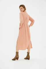 Платье-халат с разрезами по бокам