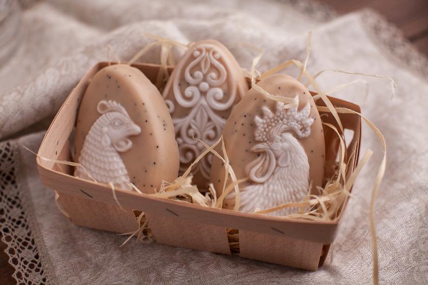Пластиковая формочка для изготовления мыла Яйцо/Курица