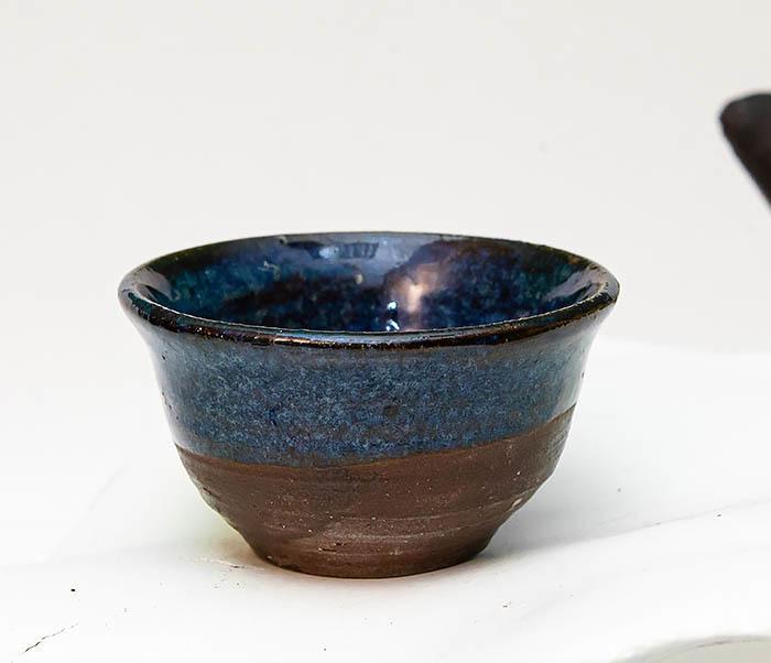 CUP111 Керамическая пиала ручной работы с глазурью синего цвета