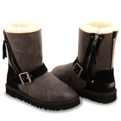 /collection/kids-classic-short/product/ugg-kids-blaise-bomber-black