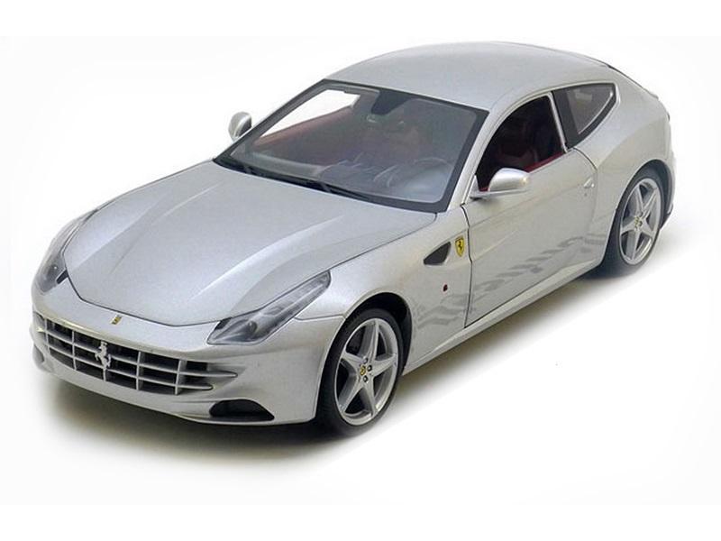 Коллекционная модель Ferrari FF 2011 Silver
