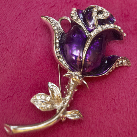 Usb флешка-брошь в виде розы сиреневого цвета jf_brow-rose-violet