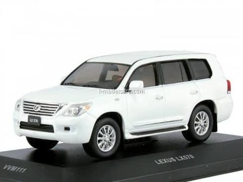 Lexus LX570 2010 pearl white 1:43 VVM / VMM