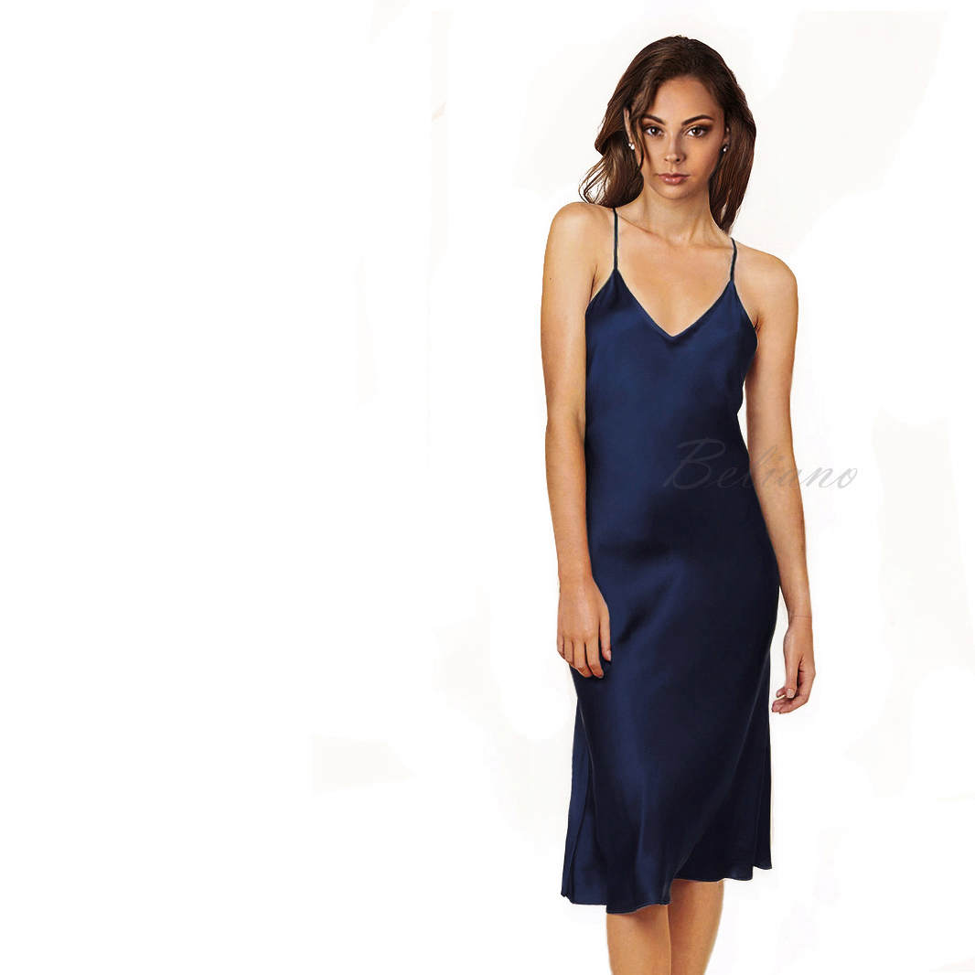 Шелковая  комбинация из натурального шелка синего цвета