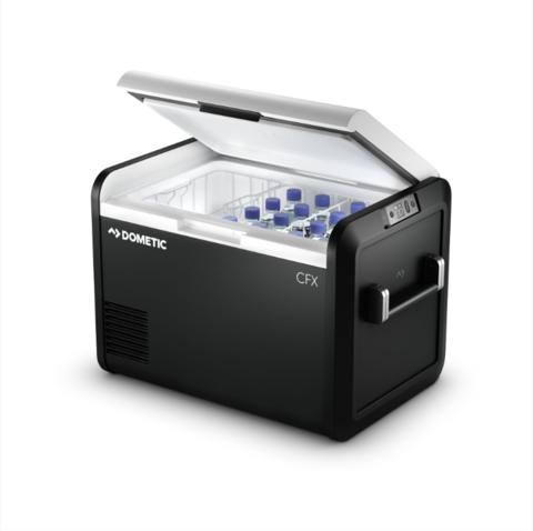 Компрессорный автохолодильник Dometic CFX3 55IM (53 л, 12/24/220, генератор льда)