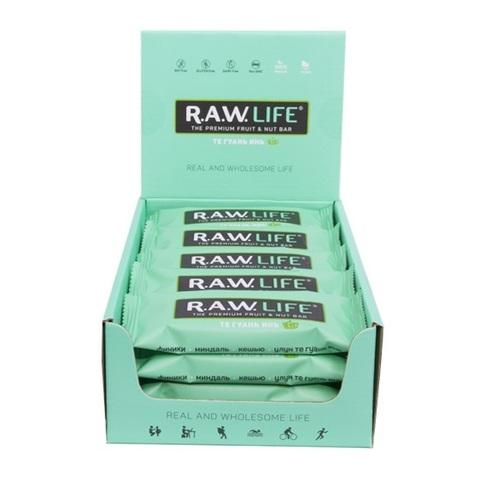 Батончик натуральный R.A.W. LIFE Те Гуань Инь коробка 20 шт.