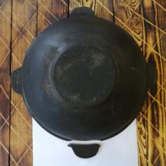 Узбекский чугунный казан 8л плоское дно #1 (сломано ушко)