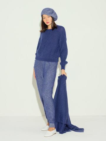 Женский шарф темно-синего цвета из мохера и шерсти - фото 5