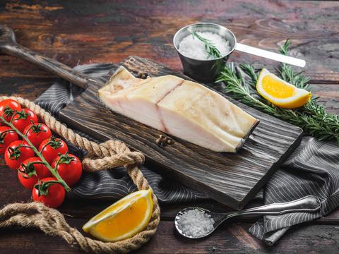 Масляная рыба холодного копчения