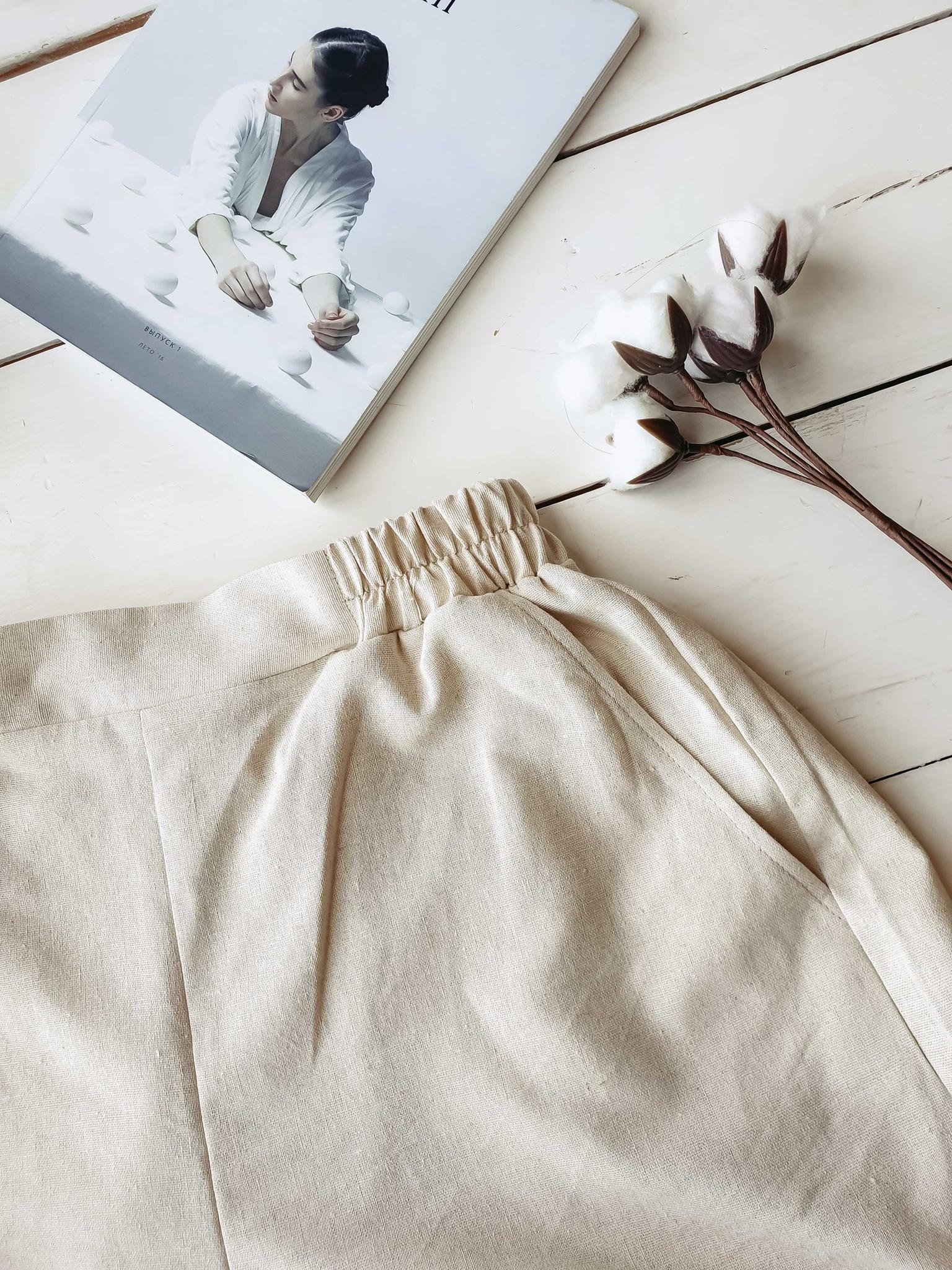 Льняные шорты Песочные