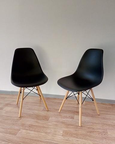 Интерьерный дизайнерский кухонный стул Eames DSW Style Wood, черный