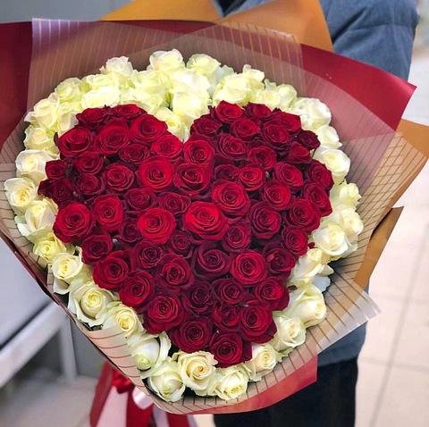 101 белая и красная роза 60 см #22972