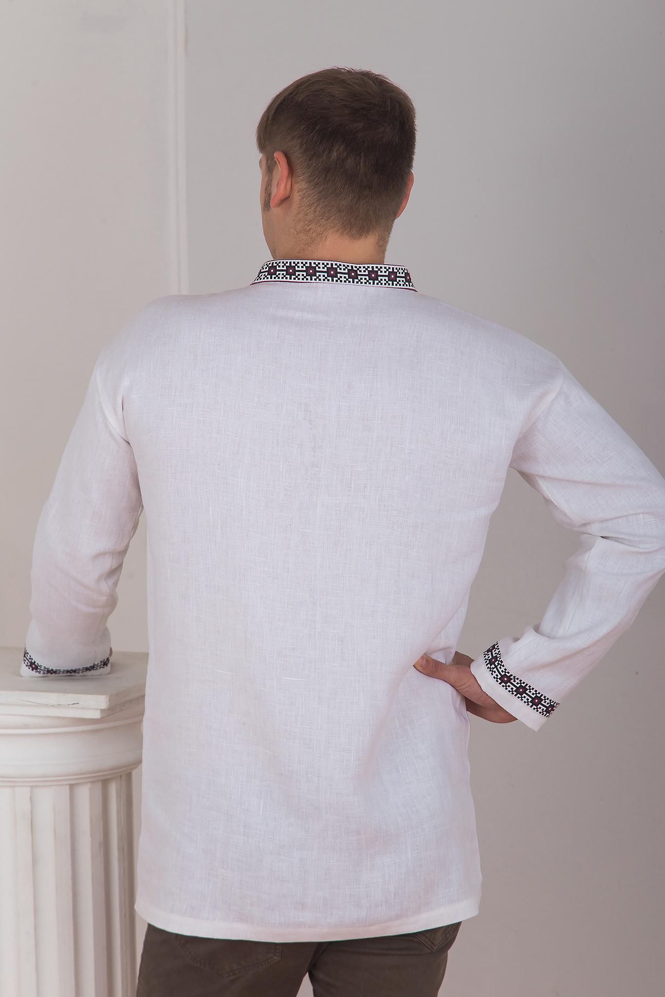 Славянская боевая рубаха вид сзади