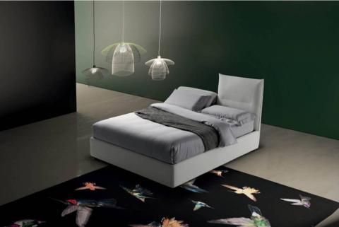 Кровать Sharp, Италия
