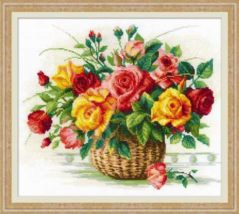 Набор для вышивания крестом «Корзина с розами» (1722)