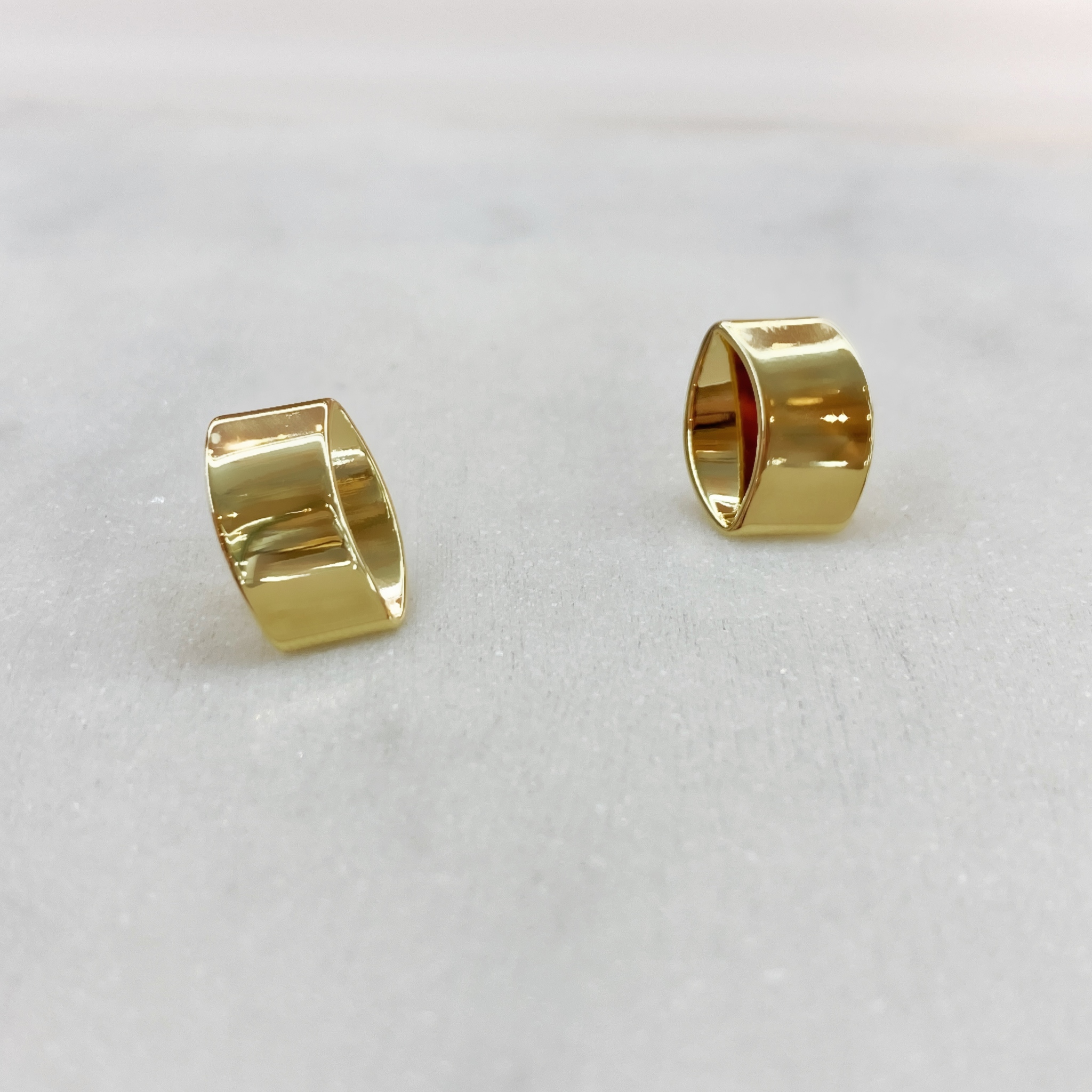 Серьги-кластеры в форме цилиндриков (золотистый)