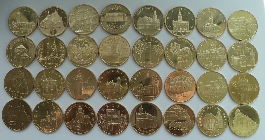 Набор из 32 монет номиналом 2 злотых. Исторические города. 2005-2008 гг. UNC