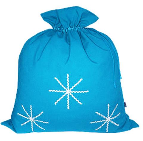 Подарочный мешок с белыми снежинками голубой