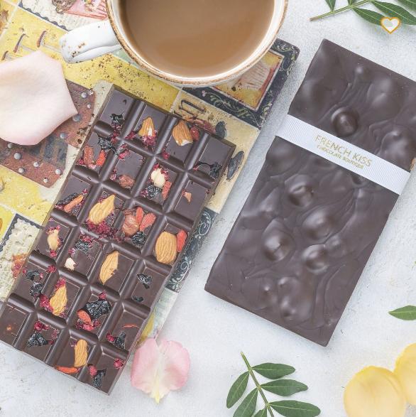 Темный шоколад с орехами и ягодами, ФРЕНЧКИСС, 100г