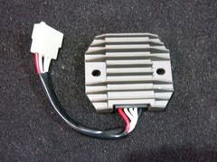 Реле регулятор Suzuki GSX-R 400 76A 73A 71A