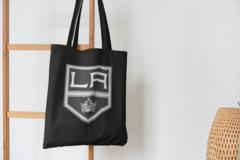 Сумка-шоппер с принтом НХЛ Лос-Анджелес Кингз (NHL Los Angeles Kings) черная 003