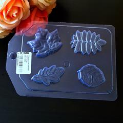 Пластиковая форма для шоколада дет. ЛИСТОПАД 4в1  5см