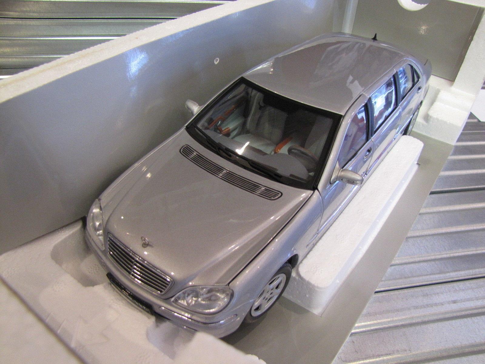 Коллекционная модель Mercedes-Benz W220 S600 Pullman 2005