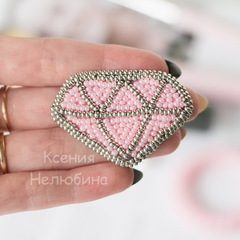 37173 Бисер 10/0 Preciosa Алебастр перламутровый нежно-розовый с цветным центром