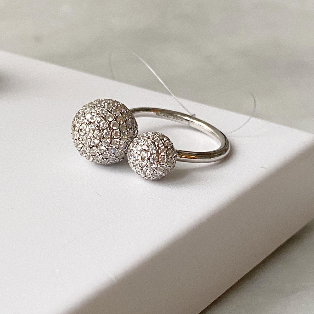 Кольцо С Двойным шариком пале белый (серебро 925)