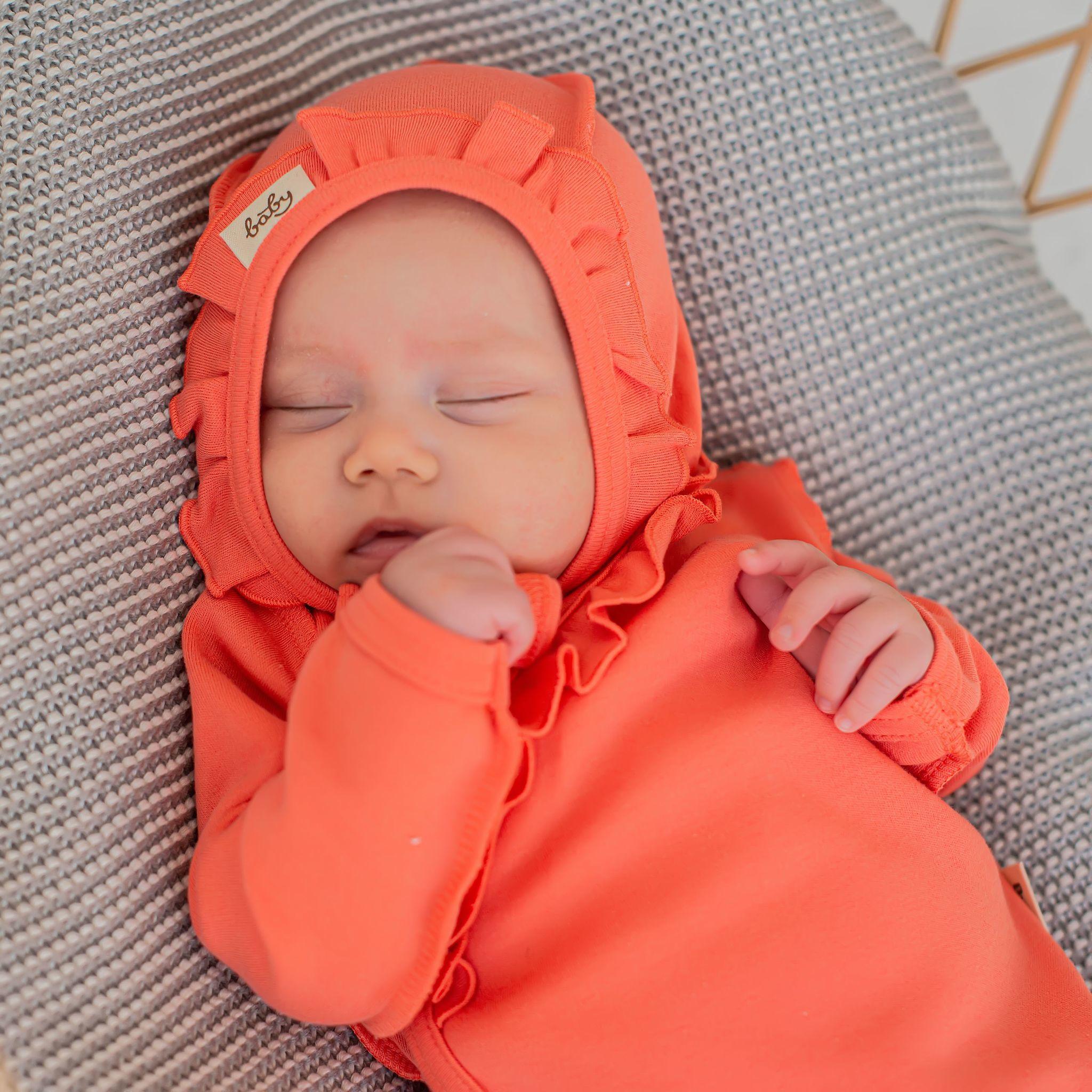 Ruffled baby hat 0+, Peach