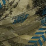 Шёлковый крепдешин в оттенках слоновой кости и пепла