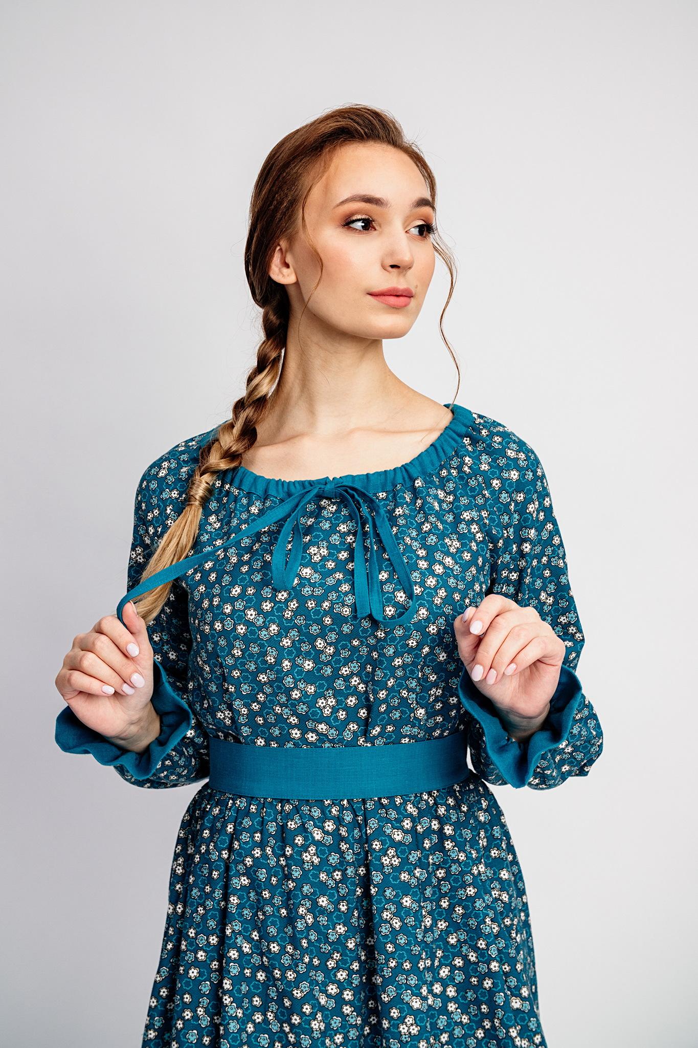 Платье из теплого хлопка с карманами