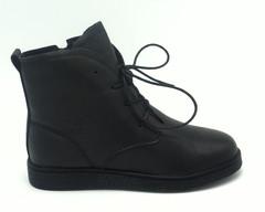 Ботинки.Натуральная кожа.Черного цвета.