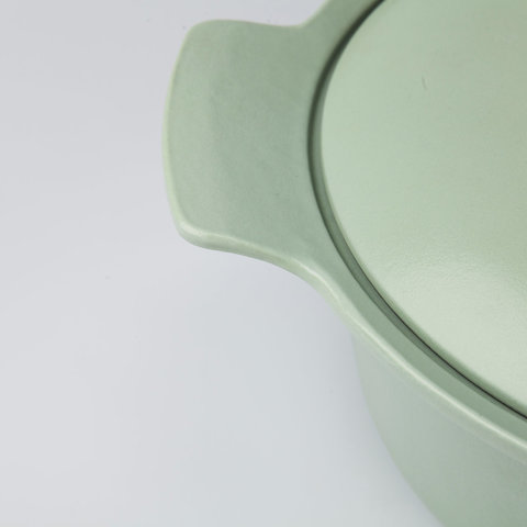 Кастрюля чугунная овальная с крышкой 24см 4,2л (зеленая) Ron