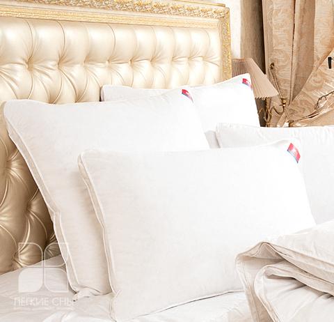 Подушка Коллекция  Камилла,пух категории Экстра в тике.