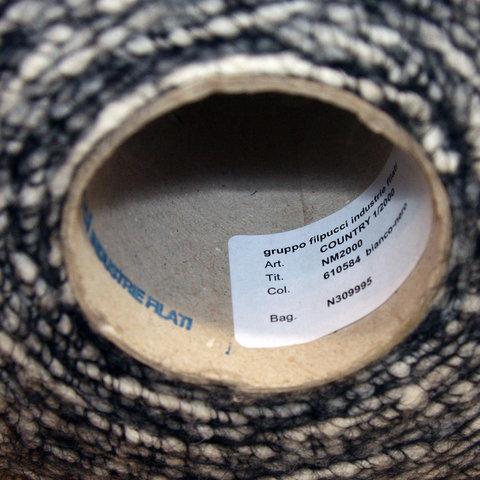 Фасонная пряжа с акрилом FILPUCCI черно-белая
