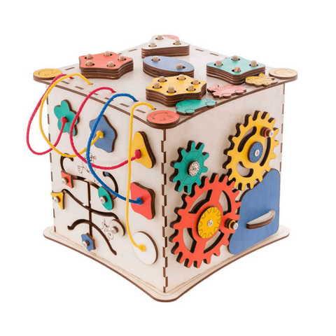 Кубик Счастливый ребенок с разноцветными детальками.