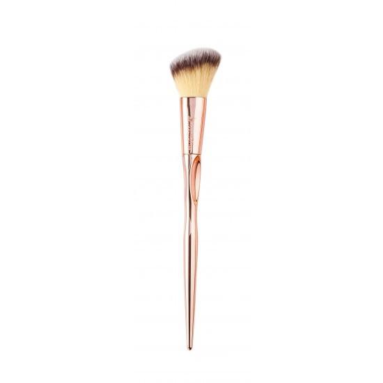 Кисть Nascita Angled Blush Brush  193  скошенная для коррекции